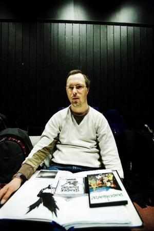 Joakim Lekberg spelar Korp.