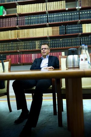 Nye Sverigechefen för Stora Enso Mats Nordlander har fler arbetsdagar i Asien än vad han räknar med att ha i Dalarna, pappersvärlden förändras. Foto:Lars Dafgård