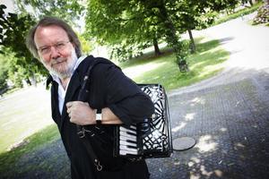Fullt upp. Benny Anderssons Orkester firar sitt 10-årsjubileum med att släppa albumet