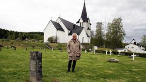 Det är här på kyrkogården i Kyrkdal fyndet gjorts.