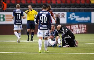 Dragan Kapcevic var i stort sett klar för ÖFK 2010 när allsvenska Gefle dök upp och värvade honom i sista stund. Nu är han en nyckelspelare för Husqvarna och fick ta mycket stryk.