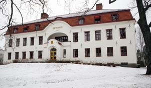 Mannen häktades i Hudiksvalls tingsrätt på fredagen.