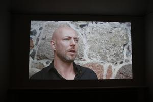 Religionshistoriker David Thurfjell intervjuas i en film i utställningen och reflekterar kring dagens andlighet. Trots att vi är Europas mest sekulariserade land, finns ett andligt behov.