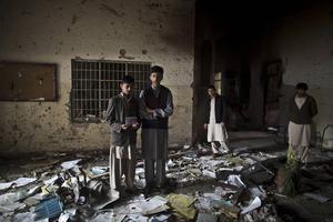 De talibaner som attackerade en skola i Pakistan representerar civilisationens raka motsats.