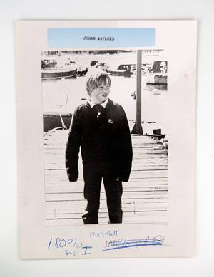 Johan Asplund. Den här bilden skickades ut till media när 11-årige Johan Asplund hade försvunnit från sitt hem i Bosvedjan.