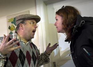 D. Vad divlar Lennart och Cia om egentligen?