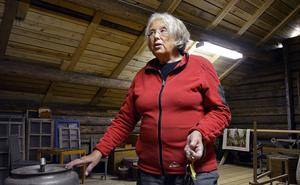 Margareta Westin var nöjd med beskedet att Haverö hembygdsförening nu kan gå vidare med sina planer för att rädda sin kläd- och textilsamling.