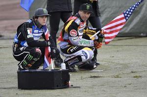 Hancock under förra årets GP-tävling i Målilla. Här tillsammans med Tai Woffinden.