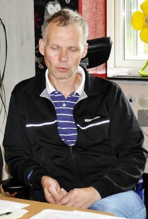 Hjalmar Strömerskolans rektor Anders Bergman tycker att man med detta fått lite plåster på såren.