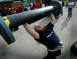 Kristian Lundin klarade 130 kilo i stocklyftet. 30-talet kilo till och han är i världsklass.