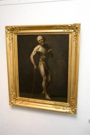 NÄRA NAKET. August Jernbergs blottade tiggare är ett av nakenmotiven ur Länsmuséets samlingar.