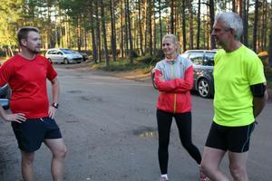 Att springa är lika mycket en social grej som träning, anser Fredrik Dolk, Karina Silfver Grahn och Björn Kvist.