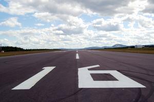 Start- och landningsbanan på Mora Siljan flygplats kommer inte heller nu att behövas för reguljär trafik mellan Mora och Stockholm Arlanda. I Trafikverkets senaste upphandling, som sträcker sig fram till och med oktober 2023, finns inte Mora med i linjer med trafikplikt.