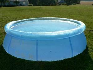 Att små, flyttbara pooler är lika farliga som stora tänker inte alla på.
