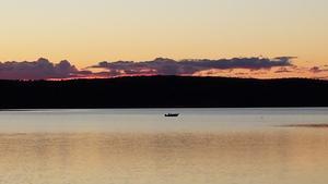Nedre vättern Skinnskatteberg, båttur i augustikväll