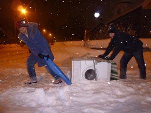 Det går bra att flytta en tvättmaskin på vintern! Med curlingmetoden går det utmärkt att flytta tvättmaskiner.