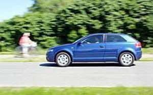 Foto: OLLE HILDINGSON Fräckare. Nya Audi A3 har fått ett bulligare utseende än föregångaren. Ökat axelavstånd är välgörande för utrymmet i kupén.