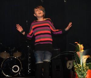 Hannah Caverly imponerade storligen på den slovakiska skolchefen från Zlinia, Alena Micicova.