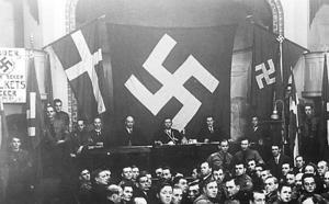 Svenska nazister håller stormöte under andra världskriget.