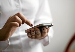 """""""Jag vill inte mer."""" Var tredje svensk mellan 18 och 24 har använt sms, mejl eller facebook för att göra slut med sin partner. Det visar en undersökning gjord på initiativ av en koreansk elektroniktillverkare.Arkivfoto: TT Nyhetsbyrån"""