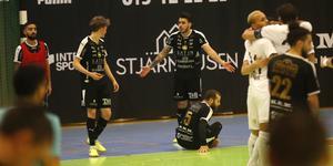 ÖFC blev hårt straffat både när IFK Göteborg spelade med västspelare och när de själva försökte göra det, med Miran Abdulrahman som joker.