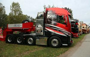 320 lastbilar ställer ut på lastbilsträffen i Ramsele.