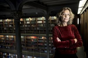 Människans framgång bygger på att vi kan ackumulera kunskap från generation till generation, menar Åsa Wikforss. Om vi kan göra det måste alltså en individ kunna lära av en annan. Bild: Malin Hoelstad/TT