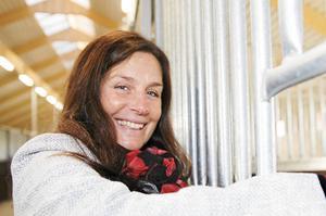 Catarina Pettersson (S) anser att Movingokortet gör Hallstahammar attraktivare som pendlarort. Arkivbild.