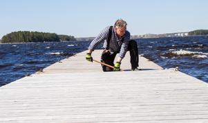 Per-Olov Persson på bryggan vid Branthäll.