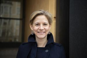 Maria Weimer (L).