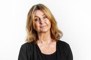 Katarina Vikström, krönikör och reporter, uppvuxen i en travfamilj.