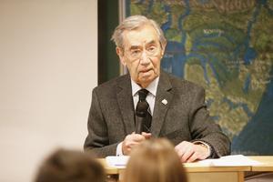 Emerich Roth är 95 år. Han är en av få överlevande som fortfarande kan berätta om Förintelsen.