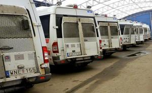 Att lediga färdtjänstfordon används i den allmänna kollektivtrafiken gör att färre fordon blir lediga för funktionshindrade om de behöver åka någonstans. Foto: TT