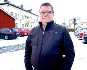 Arto Lipponen, 49, arbetar med teknisk support, Säter:– Det är fint att titta på, men det måste vara under kontrollerade former och man måste ta extra hänsyn till djur och barn.