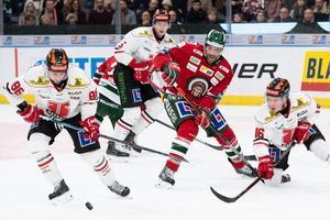 Örebro var nära att komma tillbaka mot Frölunda, men räckte inte hela vägen. Bild: Daniel Stiller/Bildbyrån