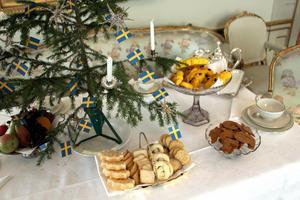 På trettondagen bjöds alla brukets gamlingar från 64 år på ett populärt julkafferep med hembakade kakor.