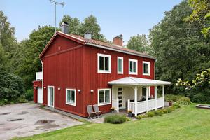 Sexrumsvilla i Årby nära det stora grupphusområdet. Foto: Patrik Persson
