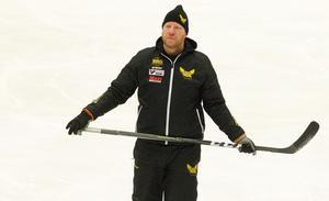 VIK:s sportchef Patrik Zetterberg var den som först fick stifta bekantskap med William Karlsson när han kom till VIK. Då som tränare för J18.