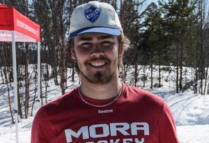 Emil Frost vann svenska cupen och avslutade säsongen med en seger i FIS-tävlingen i Tänndalen. Foto: Marie-Therese Edebo