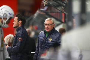 Son och far Pasjkin under deras säsong ihop som tränare för Hammarby.