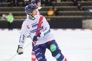 Fredrik Åström är tillbaka i hetluften på allvar – för första gången på fem år och efter två hjärtoperationer.