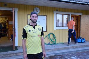 Marcus Matsson blev både målskytt och matchens lirare i sin debut för IF Vikapojkarna