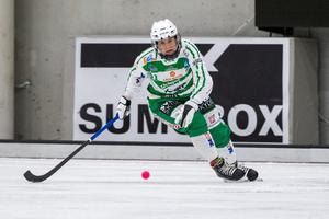 Olle Wiberg lyfter fram Anna Fosselius, tillsammans med Bella Aronsson, som de som verkligen klev fram på allvar när lagkaptenen Malin Persson tvingades utgå.