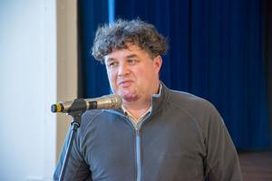 Sverigedemokraternas ordförande i Östersund och östra Jämtland, Stefan Sundberg, tycker att det är beklagligt att Ulla Vikander har valt att lämna partiet.