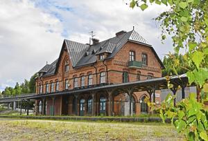 Det gamla stationshuset står tomt sedan många år. Bild: Marcus Andersson