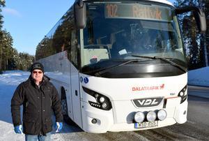 – Flera invånare i Djurmo har skrivit till Dalatrafik om busshållplatserna, men fått intetsägande