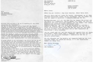Brevet Lenny Clarhäll skrev till Jan Sandberg (dåvarande moderat ledamot) och till höger, svaret han fick av Sandberg.