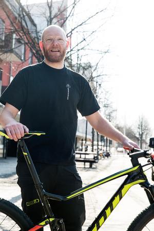 Johan Landström om skadan, tvivlen och drömmen om ny seger i Cykelvasan.