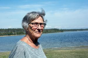Anita Landén fyller 75 år och tänker fira på annan ort.