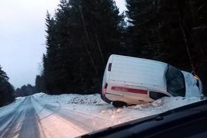 En viltolycka inträffade på väg 644 öster om Grangärde i Ludvika kommun på onsdagsmorgonen.